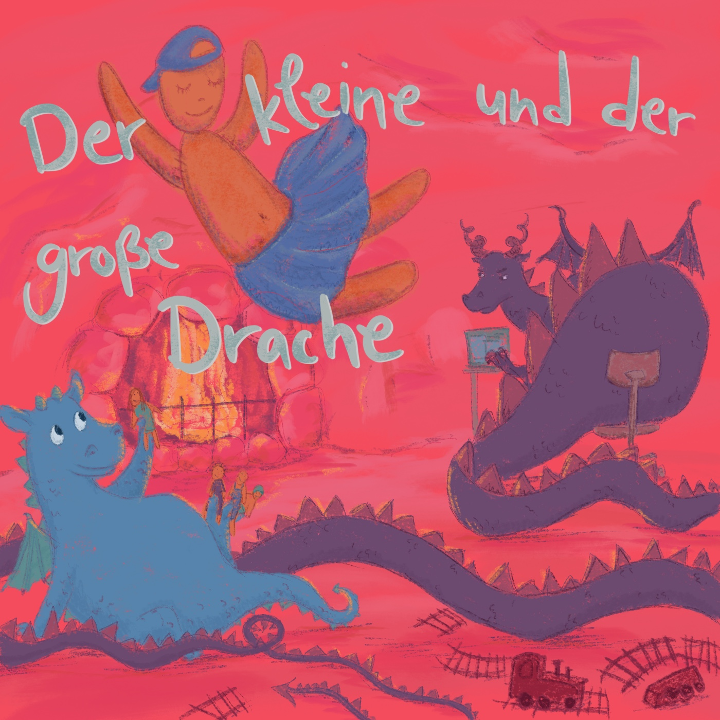 Ein kleiner, blauer Drache und ein großer, violetter Drache sitzen in einer Höhle. Der große Drache sitzt am Laptop und guckt genervt zum kleinen Drachen, der mit Puppen spielt. Auf dem Boden liegen Eisenbahnschienen.